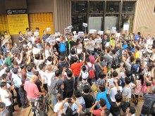 Hong Kong Netizens Act Against Sheung Shui Station Smugglers