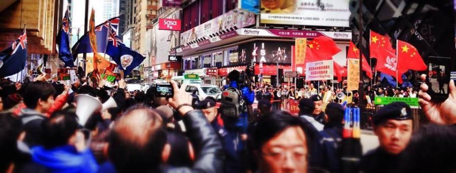 Anti-Chinese Tourists Netizens vs Pro-China groups